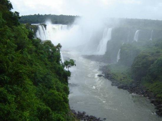 Foz do Iguacu, PR: 1.500 m³/second