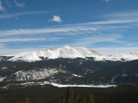 Breckenridge Ski Resort: The view from 14,000 feet up.  It's hard to capture the awesomeness of this place in pictures!