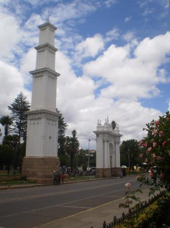 Sucre, Bolivya: plaza Simón Bolívar