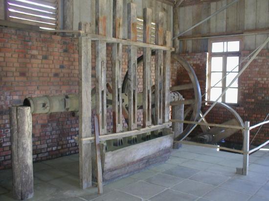Bento Goncalves, RS: Bento Gonçalves - antiga fábrica de mate - junho de 2004