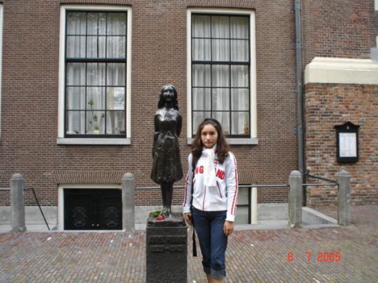 Foto de casa de anna frank msterdam monumento a anne frank en amsterdam tripadvisor - Casa anna frank ...