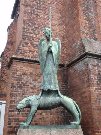 คีล, เยอรมนี: 1928 Der Geistkämpfer (The Ghost Fighter), 