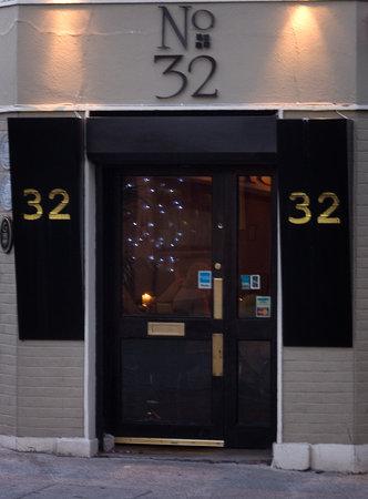 Number 32  Restaurant