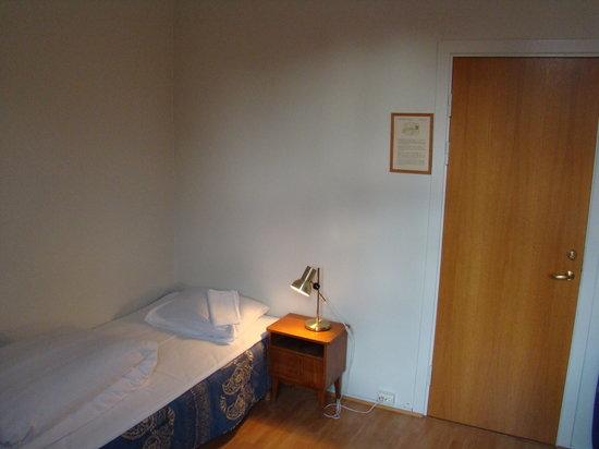 Ellingsens Pensjonat: My room. View from the window area.