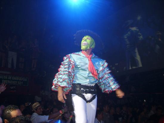 Coco Bongo Cancun: La Máscara