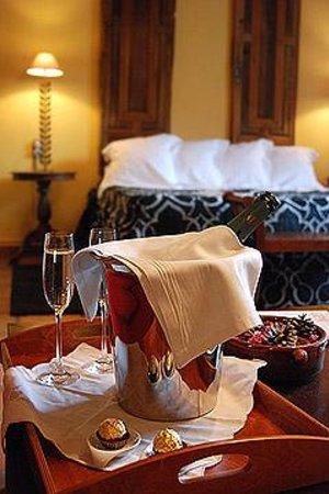 Hotel Mas Vilalonga Petit: ROMANTICISMO
