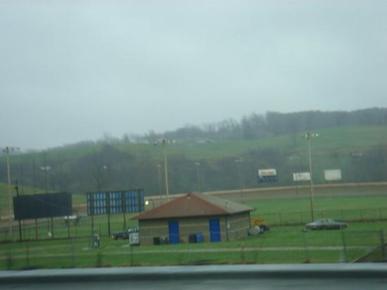 Charleston, WV: West Virginia. More green grass. Astonishing! ;)
