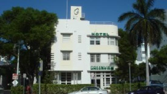 Greenview Hotel: Front of Hotel