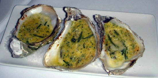 Niu's on Silom Jazz Club & Italian Restaurant: gratinated oysters