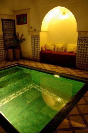 Riad Laksour: L'adorable petite piscine
