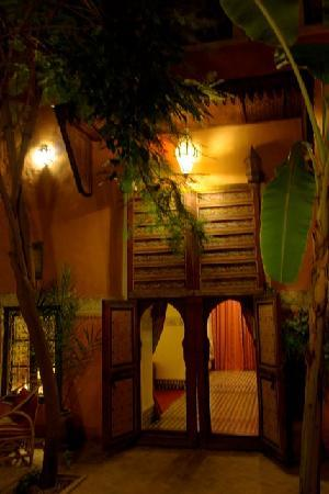 Riad Laksour: Le patio, encore...