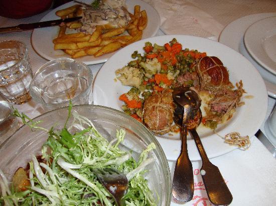 Le Bouillon Chartier: paupiettes de veau and salade frissee aux lardons