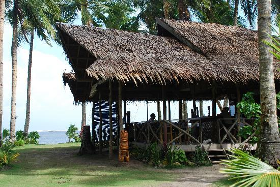 General Luna, Philippinen: Restaurant overlooking the beach