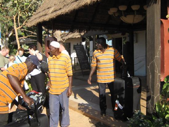 Kotu, Gambia: Personale meget hjælpsomme