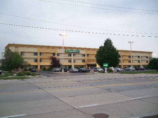 La Quinta Inn Detroit Southgate: Frontal View