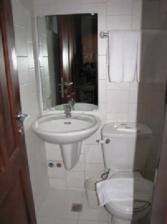 The Orange Place Hotel - San Juan : Bathroom