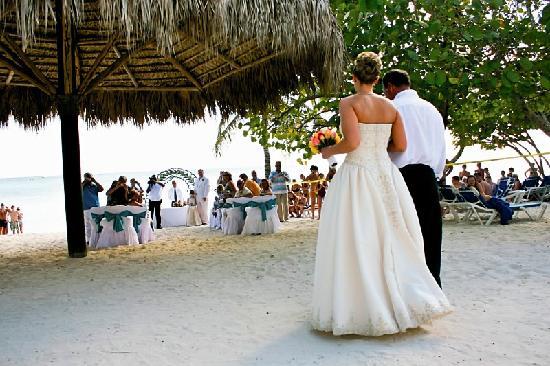 Dreams La Romana Resort Spa Beach Wedding Location