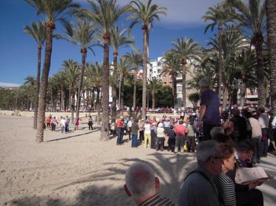 Playa de Poniente: koor op zaterdag