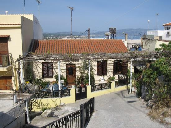 Platanias, Hellas: The old town had very steep roads and a lot of nice houses.