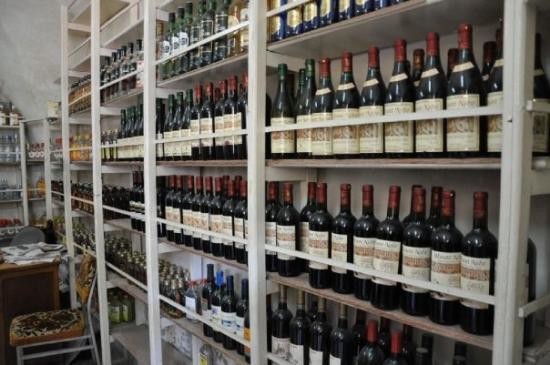 Madaba, Jordanien: The wine shop
