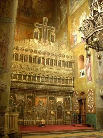 Cluj-Napoca, โรมาเนีย: Y el dorado le daba aún más luminosidad