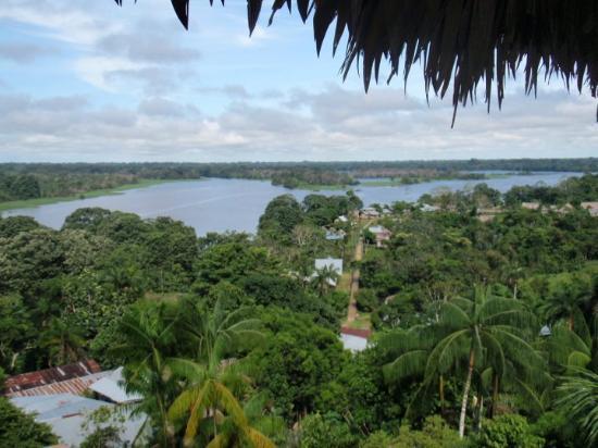 Leticia, Kolumbia: Vista de Puerto Nariño desde un mirador