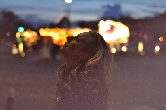 Photo Tours In Paris: Paulina
