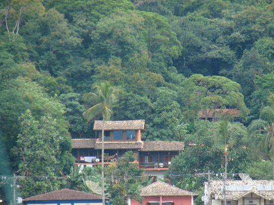 Pousada Tagomago Beach Lodge: Vista desde el taxi boat