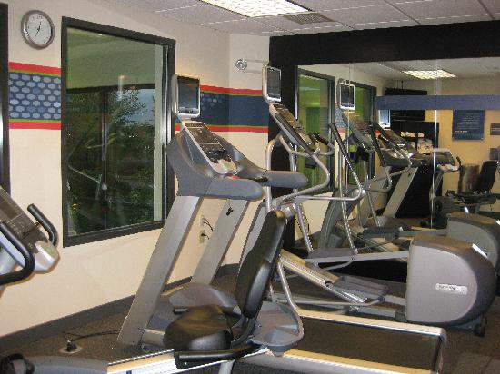 Hampton Inn Hagerstown - I-81: fitness center