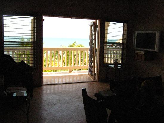 The Placencia Hotel and Residences : the view from the kitchen