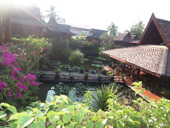 Angkor Village Hotel: ankor village place