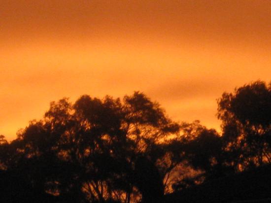 NRMA Treasure Island Holiday Park: the sky is on fire