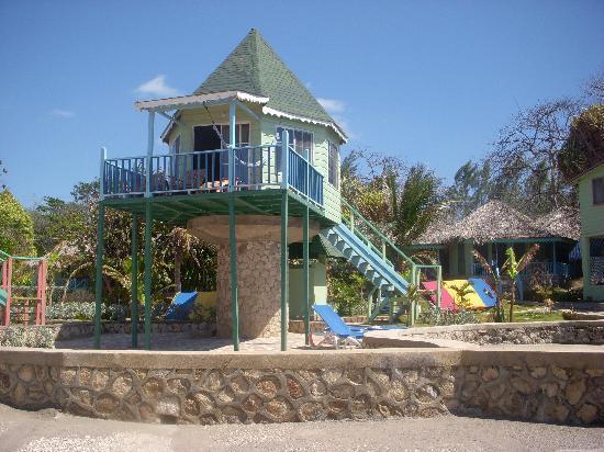 Samsara Cliffs Resort: our house on stilts