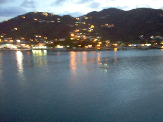 โรดทาวน์, Tortola: Tortola at daybreak; the reason for this photo was an early arrival time (7 AM, to be exact)