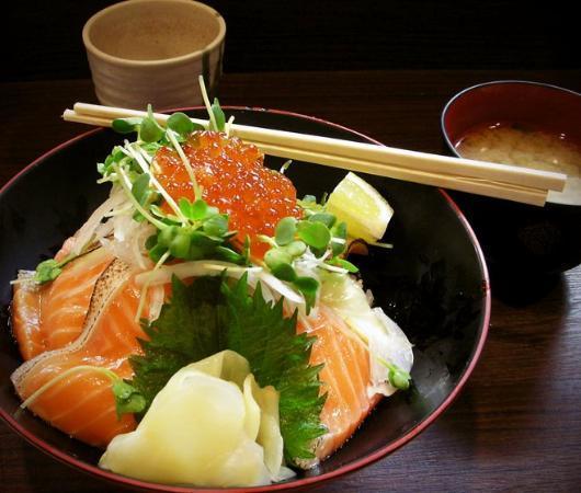 The Tsukiji Market: food at tsukiji