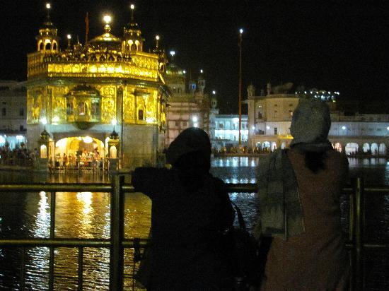 Lucky Guest House : The Golden Temple