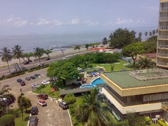 Radisson Blu Okoume Palace Hotel : Ocean view