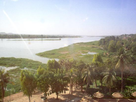 Hotel Gaweye: River view