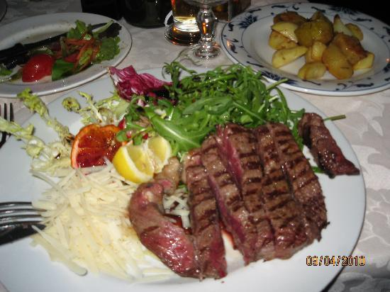 Mangiafuoco Bracerie: Great meat and remember to try the potate arrosto