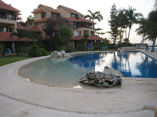 Chac Hal Al Condominiums: Pool at Chac Hal Al