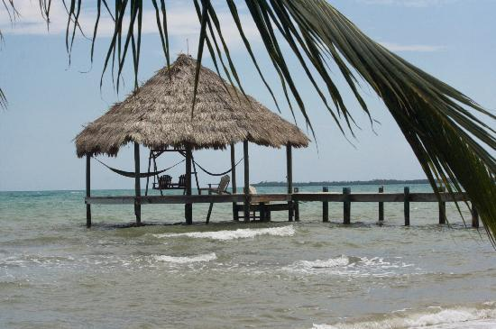 Maya Beach Hotel: dock