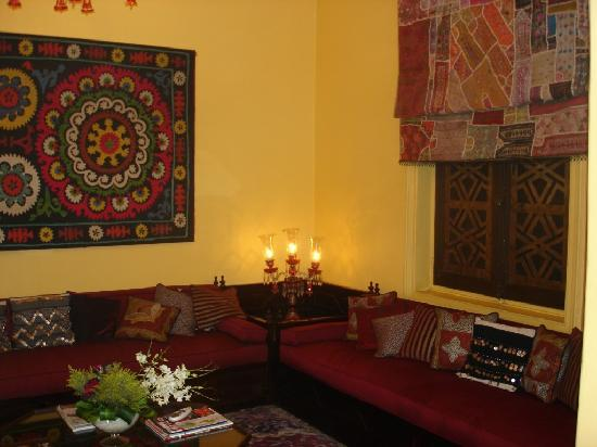 Beautiful and quiet sitting room picture of talisman for Beautiful sitting rooms