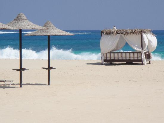 Jaz Almaza Beach Resort: Gorgeous white sand beach