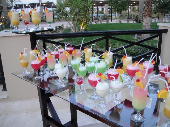 Jaz Almaza Beach Resort: Cocktail farewell party