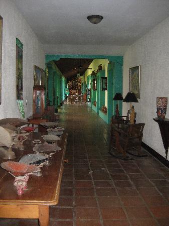 Hotel El Convento: Charming hallway