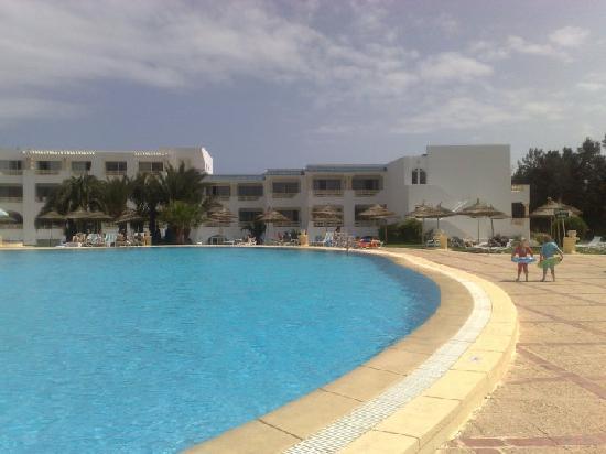 Hotel Liberty Resort: beautiful clean pool