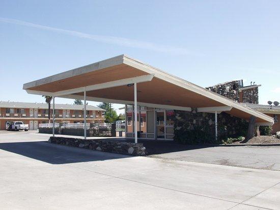 Americas Best Value Inn - Red Bluff : Exterior