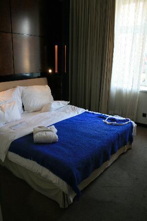 Maximilian Hotel: Room 204