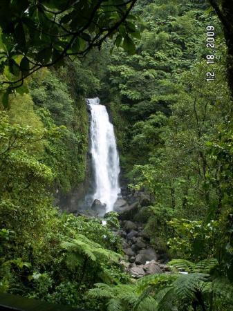 Roseau, Dominica: female falls