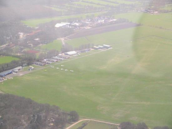 Hilversum Airport (EHHV)